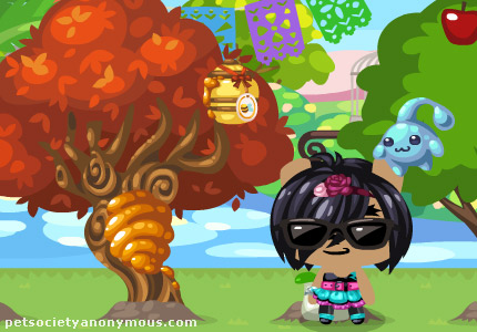 beehive tree in pet society